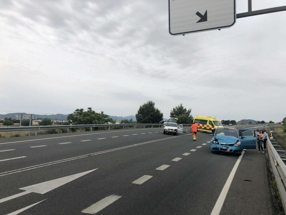 cinco heridos accidente circunvalación